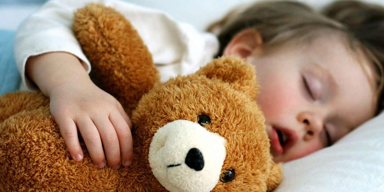مواد غذایی خواب آور قوی مناسب برای تنظیم چرخه خواب و به وجود آمدن خوابِ راحت برای بدن