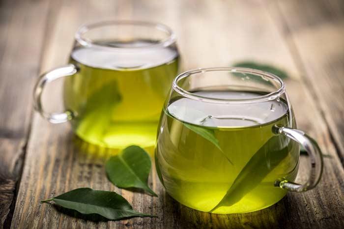 چای سبز، موثر ترین نوشیدنی در مواد غذایی خواب آور