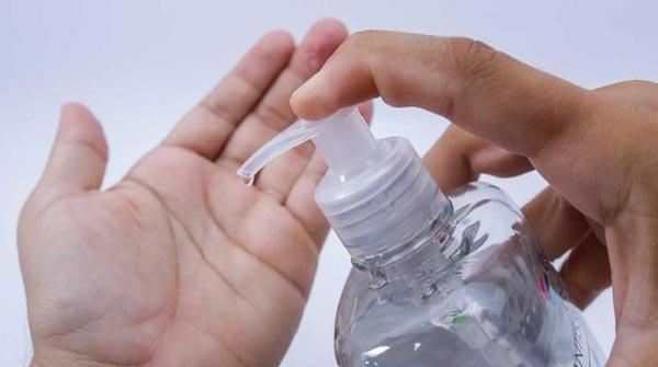فواید شستشوی دست با مایع دستشویی داو