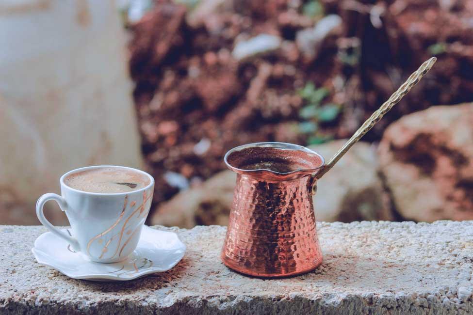 ویدیوی طرز تهیه قهوه ترک اصل و بی نقص با روش و ابزار های مختلف